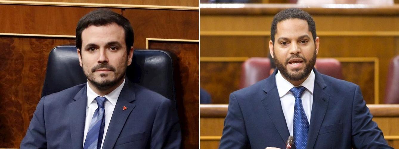 Alberto Garzón (izda), ministro de Consumo, e Ignacio Garriga, portavoz adjunto del Grupo Parlamentario de VOX en el Congreso.