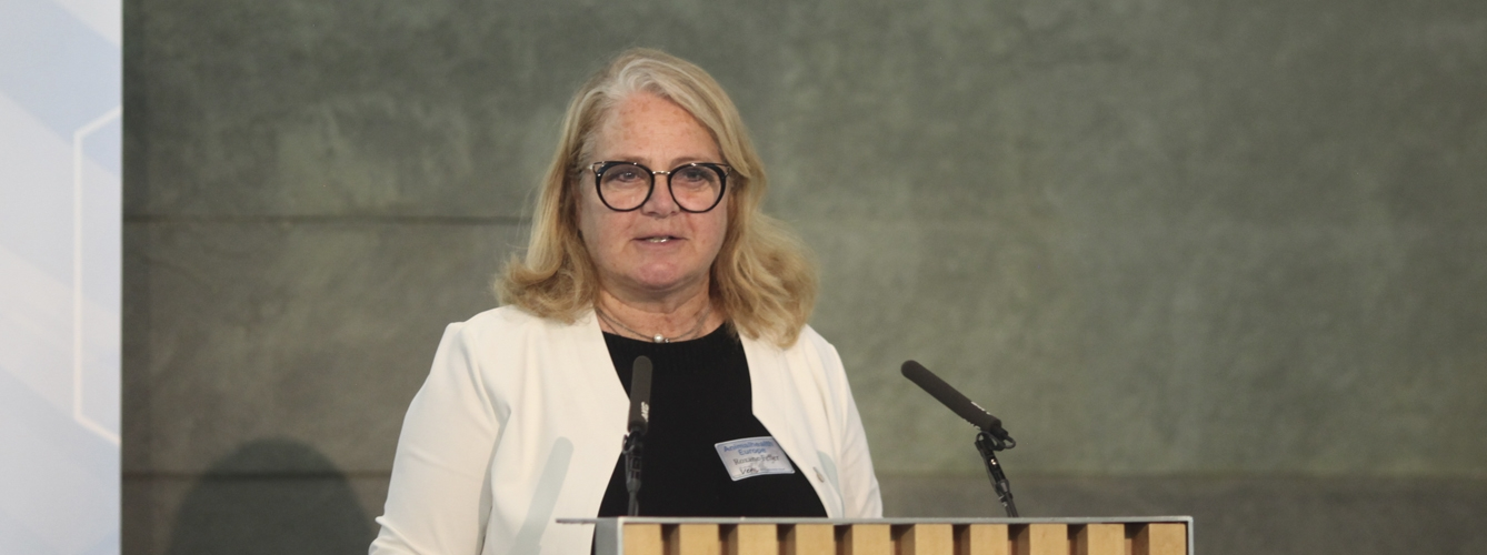 Roxane Feller, secretaria general de AnimalhealthEurope.